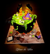 witch chauldron cake